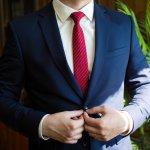 勢いのあるフレッシュな20代男性には、自分の個性をアピールできるおしゃれなネクタイがぴったり!今回は、webアンケートなどをもとに厳選した20代男性に人気のネクタイが揃うおすすめブランドを、さまざまなランキングにまとめています。とっておきの1本を見つけて、スーツを着こなすかっこいい20代男性を演出しましょう。