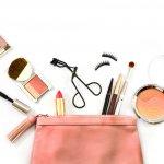 Makeup atau kosmetik memang jadi magnet yang kuat bagi para wanita. Nggak mau ketinggalan tren makeup terbaru, kan? Nah, simak terus ulasan dari BP-Guide dalam artikel ini, ya!