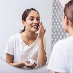 Ada banyak produk skincare yang bisa dipilih untuk merawat kulit agar tetap cantik dan sehat. Skincare dari Pixy menjadi salah satu yang bisa dijadikan pilihan karena tersedia untuk semua jenis kulit. Kamu tinggal pilih produk Pixy mana yang paling sesuai dengan kondisi kulitmu saat ini.
