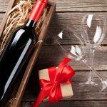 最近は出産の内祝いに、おしゃれで特別感のある名前・写真入りのお酒を贈るのがトレンドです。お祝いをいただいた方に感謝の気持ちを伝えられる、お酒の人気内祝いギフト【2021年最新情報】をご紹介します。