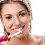 Menyikat gigi tentunya menjadi hal yang wajib dilakukan setiap hari. Dengan bantuan teknologi canggih, saat ini sikat gigi elektrik tentu menjadi jawaban agar Anda bisa menyikat gigi lebih cepat dan bersih.