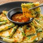 Kreatif di Dapur dengan 12 Resep Jajanan Korea yang Mudah Dibuat