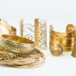 12 Gelang Emas Cantik Inilah Kunci Penampilan Mewah Anda! (2018)