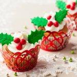 スイーツ男子という言葉が流行するほど、男性にもお菓子が好きな人はたくさんいます。一年に一度のクリスマスに美味しいお菓子を彼氏にプレゼントして、甘い幸せを感じてもらいましょう。今回は、彼氏へのクリスマスプレゼントとして人気のあるお菓子について、ベストプレゼント編集部がwebアンケートなどで調査しました。それぞれの人気順位を、わかりやすいランキング形式でご紹介します。