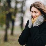 毎日のおしゃれにこだわる女子大学生にとって、コーディネートのアクセントになり寒さ対策ができるレディース手袋は必須アイテムのひとつです。今回は、webアンケートなどから編集部が厳選した、レディース手袋人気ランキングをご紹介!寒い冬を楽しく乗り切ることができる、自分にぴったりの1点を見つける参考にしてください。