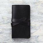 コードバンを使った長財布は、所有することがステータスシンボルともいえる質の高さが自慢です。今回は『2019年最新情報』から上質なコードバン長財布を紹介します。信頼の厚い日本製やラウンドファスナータイプの長財布など、プレゼントにぴったりのアイテムを見つけて下さい。
