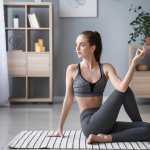 Olahraga memang merupakan aktivitas yang tidak bisa dilewatkan setiap harinya. Jika bosan dengan olahraga yang itu-itu saja, kamu bisa coba olahraga yoga. Ini bisa dilakukan di rumah saja, loh. Peralatan yang dibutuhkan juga terbilang simpel. Yuk, cek tips melakukan yoga dari kami dan juga rekomendasi alat yoga untuk pemula yang bisa kamu miliki!