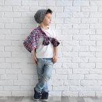Celana jeans bisa jadi pilihan fashion item keren untuk buah hati. Anak lelaki Anda akan jadi lebih stylish saat memakai celana jeans. Biarkan ia mengeksplorasi gayanya dengan celana jeans. Anda bisa pilih yang panjang atau pendek. Untuk atasannya, Anda bisa pilihkan kemeja maupun kaos.  Sementara untuk alas kakinya, celana jeans bisa dikombinasikan dengan sandal atau sneakers. Cek rekomendasinya dari kami!