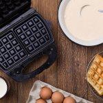 Untuk sarapan, kebanyakan dari kita tidak suka mengonsumsi makanan berat. Nah, kalau begitu, waffle bisa jadi pilihan tepat. Kue yang satu ini cocok untuk sarapan tanpa bikin kita kekenyangan. Intip deretan resep yang bisa kamu coba untuk membuat waffle. Selain itu, cek juga rekomendasi waffle maker yang bisa kamu miliki agar membuat waffle bisa lebih cepat.