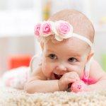 Memiliki buah hati perempuan tentu memberikan rasa bahagia tak terkira. Percantik bayi Anda dengan aneka aksesori khusus untuk bayi perempuan. Cek segera rekomendasi kami ya!