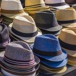 Bagi kamu pencinta topi, BP-Guide kini akan menghadirkan aneka topi fedora terbaru di tahun 2017. Tentunya sangat trendi dan cocok untuk kamu yang nyentrik. Model topi fedora ada bermacam-macam. Konon, topi fedora kini juga bisa digunakan dalam berbagai gaya. Penasaran? Yuk, cari tahu!