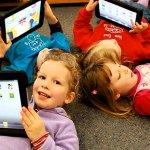 Saat ini tak mungkin rasanya kita memisahkan gadget dari anak-anak. Karena mereka sudah terpapar teknologi satu ini semenjak kecil. Tapi bukan berarti kita tak bisa mengatur agar anak dapat manfaat positif dari gadget. Caranya adalah Anda selalu melakukan pengawasan atau Anda bisa memberikan anak-anak Anda pilihan gadget yang memang sesuai dengan usianya dan punya manfaat. Gadget khusus anak seperti apa saja yang punya manfaat? Simak selengkapnya di sini.