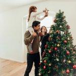 Sudah tahukah Anda ide kado Natal apa yang ingin Anda berikan pada anak Anda tahun ini? Nggak perlu bingung karena terlalu banyak pilihan. Cek beberapa rekomendasinya di bawah ini!
