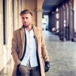 Dunia fashion tidak melulu untuk wanita. Di era modern ini, fashion untuk pria pun semakin berkembang dan membuat penampilan para pria semakin keren. Mau jadi pria macho dengan pakaian yang keren? Yuk, intip rekomendasinya bersama BP-Guide!