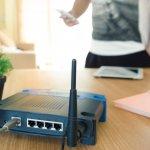 Kamu pengguna internet nirkabel? Jika iya, kamu mesti menggunakan perakngkat router untuk mendapatkan sinyal wifi yang kuat. TP-Link dikenal sebagai perusahaan penghasil router berkualitas. Yuk cek rekomendasi produk terbaiknya berikut ini!