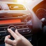 Selama perjalanan dalam mobil, pastinya Anda butuh hiburan untuk menghilangkan penat atau bosan. Apalagi jika Anda harus terjebak dalam kemacetan. TIdak perlu bingung, karena Anda bisa memiliki amplifier mini yang bisa Anda pasang di dalam mobil. Yuk, cari tahu dulu bersama BP-Guide!