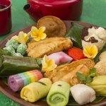 Ada berbagai jenis snack yang sering kita temui. Tetapi yang tradisional tetap di hati. Salah satunya adalah snack tradisional khas Jawa. Kalau tak ada yang menjual di dekat rumah, kenapa tidak coba saja membuatnya? BP-Guide memberikan info cara membuat snack tradisional Jawa yang enak.