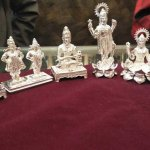 Silver gifts had had their relevance in Indian households for centuries, and the tradition doesn't seem to die down. One reason for this is that the silver metal is considered an auspicious one in Indian households, and is associated with idols of gods as well. Keeping this in mind, we bring you 10 lovely options for silver return gifts that you can present to your guests.