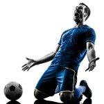 Bermain sepak bola, namun tidak menggunakan celana yang nyaman hasilnya akan membuat permainan Anda akan kurang maksimal, loh. Jadinya, Anda musti memilih celana terbaik untuk tampilan menarik sekaligus bermain lebih maksimal dan optimal, layaknya bintang lapangan hijau.