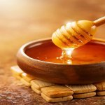 Honey is an incredible ingredient that can do. Mixed with natural ingredients, found in your kitchen, makes an effective and inexpensive beauty treatment. Today, we will share all of these ways in which it can save your life and make you a firm believer in the honey beauty tips phenomenon.
