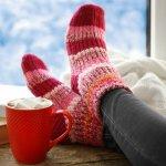 寒い冬に欲しくなるのが、つま先から全身を暖めてくれる靴下です。靴下は素材や構造によって暖かさが全く異なるので、慎重に選ぶ必要があります。そこで靴下のギフトに関する2019年最新情報をご紹介します。大切な方に寒い季節を快適に過ごしてもらえるよう、素敵な靴下のプレゼントを見つけてください。