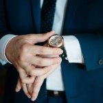 月の満ち欠けが確認できるムーンフェイズ腕時計は、個性的なアイテムとして注目されています。今回は、【2019年最新情報】としてプレゼントに人気のムーンフェイズ腕時計をまとめました。メンズ・レディースそれぞれにおすすめの腕時計が満載ですので、ぜひ参考にしてください。