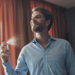 Parfum pria memiliki aroma khas yang bisa menggambarkan kepribadian setiap pria. Kenali tiap aroma parfum pria supaya kamu bisa memilih parfum yang sesuai kepribadianmu. Cek juga tips dari kami agar parfum pria bertahan lebih lama. Yuk, simak segera!