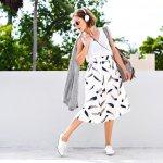 Bingung memilih sepatu casual wanita yang keren, nyaman, dan berkualitas? Jangan khawatir, BP-Guide punya nih, beberapa rekomendasi sepatu wanita casual untuk tampil memukau saat santai.