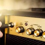 Ingin menikmati suara musik dan efek yang menggelegar tanpa penurunan kualitas? Gunakan saja sound amplifier. Amplifier yang bekerja mengolah suara menjadi lebih keras ini bisa digunakan untuk keperluan pribadi atau untuk acara-acara besar seperti hajatan lho. Yuk, simak rekomendasinya dari BP-Guide berikut ini.