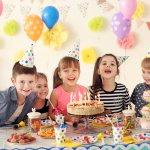 6歳になるお子さんの誕生日プレゼントに喜ばれるアイテムランキング「2020年最新版」情報をまとめました。6歳といえば、そろそろ小学校入学が近くなるので入学準備になるようなプレゼントもおすすめです。また、お子さん自身の欲しいものもはっきりしてくる年ごろなので、ご本人の希望にあったものを贈るのも喜ばれます。