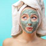 Memakai masker adalah salah satu langkah perawatan wajah yang penting. Pastikan kamu memilih masker yang berkualitas dan sesuai dengan jenis kulitmu. BP-Guide akan merekomendasikan 10 varian terbaik dari masker Freeman yang wajib kamu coba.