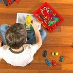 小さい子供への誕生日プレゼントで、親子ともども楽しめるのが知育玩具です。今回は「2019年最新情報」の5歳の誕生日プレゼントに喜ばれるおもちゃをご紹介します。楽しく学べる英語の知育玩具や頭を使う知育パズルなど、それぞれ異なる魅力を持ったアイテムが勢揃いです。これから5歳になる子供に、まだ見たことのないおもちゃとの素敵な出会いを届けましょう。