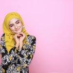 Ingin terlihat modern namun tetap syar'i dengan baju hijab? Kali ini BP-Guide akan mengulas tren baju hijab terkini. Tentunya kamu akan tetap tampil modis dan cantik dengan ketentuan pemakaian baju hijab yang syar'i. Yuk disimak langsung saja!