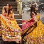 यह सत्य है की भरी लहंगा भी बड़ी आसानी से मैनेज किया जा सकता है। इसी वजह से इस पोशाक को भारत के लगभग हर राज्य में पसंद किया जाता है।यह शादी के दौरान युवतियों के लिए एक पसंदीदा विकल्प बन गया है। लहंगा रिसेप्शन के दौरान आमतौर पर पहनने लिए चुना जाता है। इस लेख में दिए गए लहंगे बजट और शैली के हिसाब से पर्याप्त विविधता रखते है। ऐसे ही लहंगों की यहाँ कुछ शानदार सूची तैयार की गई हैं,एक बार अवश्य देखें।