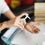 Mencuci tangan dengan sabun merupakan ritual wajib di saat pandemi Covid-19 berlangsung. Cek cara memilih sabun yang benar dan juga rekomendasinya dari kami ya!