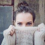 Sweater adalah jenis luaran yang bisa bikin kamu tampil makin percaya diri. Kalau mau sweater berkualitas, kamu bisa lirik produk dari The Executive yang tersedia untuk pria dan wanita.