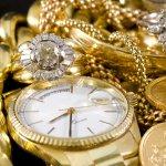 Tentu jam tangan pria mahal bisa menjadi ajang gengsi untuk memenuhi kebutuhan fashion akan barang banded. Penasaran seperti apakah jam tangan mahal itu? Atau berapakah harganya di pasaran. BP-Guide akan memenuhi rasa penasaran Anda. Bahkan, mungkin Anda berminat untuk membelinya.
