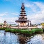Ingin liburan ke Bali tapi kantong sedang cekak? Tak masalah, kamu tetap bisa berlibur ke Bali dengan cara yang lebih hemat dan ekonomis lho! Salah satu caranya adalah dengan menginap di penginapan murah seperti yang diulas BP-Guide dalam artikel berikut ini!