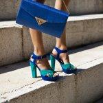 Sandal heels bisa jadi pilihan untuk Anda yang ingin nampak cantik saat ke pesta tanpa perlu tersiksa mengenakan sepatu. Yuk simak tips memilih sandal heels yang tepat dan rekomendasi sandal ibu-ibu kekinian dari BP-Guide berikut ini!