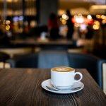 Buat Anda yang suka ngopi dan sedang berada di Semarang, coba kunjungi tempat-tempat ngopi di kota ini. Sambil menikmati kopi yang nikmat, Anda juga akan dimanjakan dengan suasana kedai kopi yang menyenangkan. Yuk, segera kunjungi tempatnya!