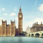 London adalah kota impian banyak orang. Perpaduan antara sejarah dan nilai modern di kota ini membuatnya begitu menarik dikunjungi. Untuk merangkum tempat apa saja yang wajib didatangi, BP-Guide menuliskannya di artikel ini, yakni 10 tempat wisata di London yang tak boleh kamu lewatkan.