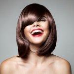Ingin ganti gaya rambut tapi galau model potongan rambut apa yang sedang tren? Kalau iya, baca yuk artikel ini. Jangan sampai salah model potongan rambut yang malah bikin penampilan kelihatan jadul dan out of style.