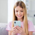 Adanya pandemi mengharuskan anak-anak untuk belajar secara online atau daring dari rumah saja. Artinya, kebutuhan smartphone untuk menunjang anak belajar sudah menjadi satu keharusan. Nah, tidak perlu bingung karena Anda bisa membelikan smartphone keren untuk anak hanya dengan Rp 2 Jutaan saja. Simak rekomendasinya, yuk!