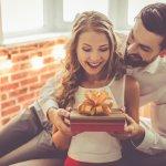 Memberikan Hadiah Spesial saat Momen Valentine? 11 Ide Kado Spesial Ini Pasti akan Membuatnya Makin Berkesan