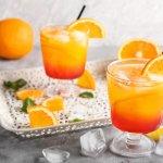Cuaca yang panas dan terik seringkali membuat dahaga, ya? Nah, untuk menghilangkan dahagamu, langsung aja bikin minuman jeruk dengan berbagai variasinya ini. Tenang, kamu bisa langsung bikin sendiri di rumah, lho. Yuk, simak artikelnya!