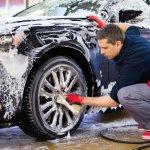 Mobil yang kerap kita gunakan wajib rutin dicuci. Apalagi di musim hujan seperti sekarang ini. Agar bodi mobil tidak berkerak dan dipenuhi bercak-bercak air, tentu kita wajib rutin mencucinya minimal seminggu sekali. Mencuci mobil dengan air saja tidak cukup. Kita butuh sampo khusus untuk mencuci mobil. Pilih sampo yang tepat untuk mobil kamu. Nah, cek rekomendasinya dari kami, ya!