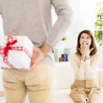 Supaya Istri Makin Sayang: Inilah 10 Hadiah Ulang Tahun untuk Istri Tercinta di 2018