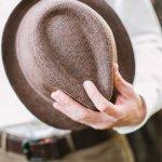 帽子はおしゃれ上級者向けというイメージがありますが、カジュアルなものならチャレンジしやすいブランドがたくさんあります。ここでは、プレゼントに最適なブランドカジュアル帽子を「2019年最新版」ランキングでご紹介します。メンズ帽子のプレゼントは年代も重要なポイントです。相手の男性の趣味やテイストに合った帽子選びをしましょう。