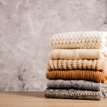 Sweater memang bisa jadi andalan tidak peduli apa pun musimnya. Balenciaga merupakan merek yang banyak menghadirkan sweater keren, loh! Kamu bisa cek produk rekomendasi dari kami berikut untuk tampil penuh pesona dengan sweater.