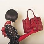 Tidak ada orang yang ingin penampilannya terkesan murahan. Namun begitu,  menggunakan barang-barang murah seperti tas, tidak selalu membuat penampilan Anda tampak buruk. Dengan sedikit ketelitian, Anda tetap bisa mendapatkan tas berharga murah namun berkualitas.